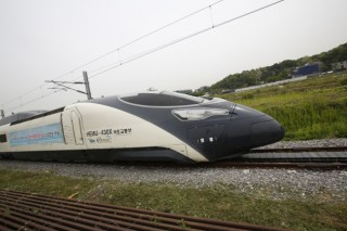 Bullet trains go wireless