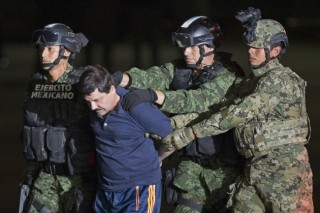 [Newsmaker]Mexico drug lord Guzman faces U.S. extradition battle