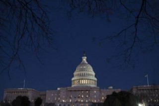 [Newsmaker] US government shuts down; Dems, GOP blame each other