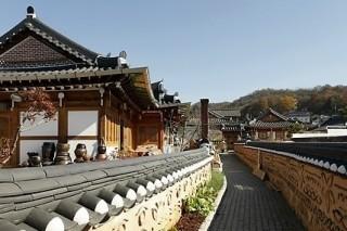 Jeonju Hanok Village gets 20 million visitors over 2 years