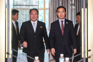 Koreas agree to hold military, Red Cross talks, open Kaesong liaison office