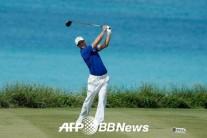 'US오픈 챔피언' 카이머, PGA 그랜드슬램 1R 선두