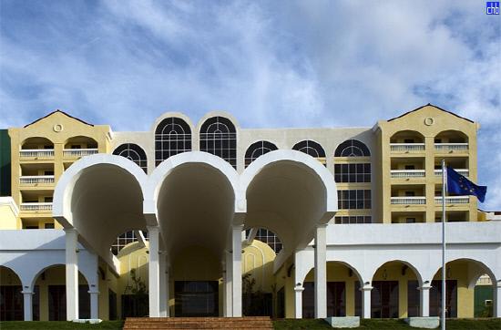쿠바, 첫 미국계 호텔