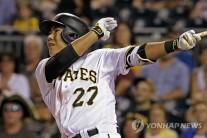 강정호, 시즌 18호 홈런…신시내티 상대 2점포