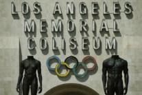 트럼프 반이민 조치, LA 올림픽 유치전에 찬물 끼얹나