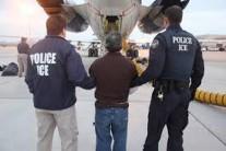 """WSJ """"트럼프 행정부 反이민정책, 미국 경제성장에 위협"""""""