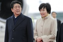 '스캔들 중심' 아키에, 국회 소환되나…아베 정치생명 '빨간불'
