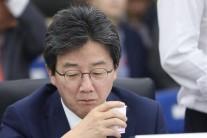 수면위 정계개편, 국회의장은?…민주·한국당 '숫자 싸움'