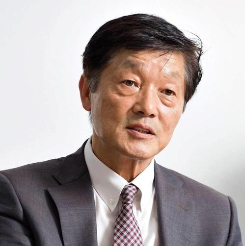 재외동포 출신으로 첫 동포재단 이사장이 된 LA한인 언론인 한우성씨.