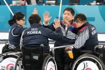 [평창 패럴림픽] 휠체어 컬링 '오벤저스' 준결승 석패