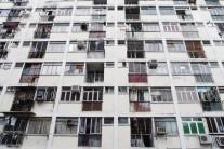 """""""살기 힘들다"""" 똑똑한 젊은이들 떠나는 홍콩이 죽어간다"""