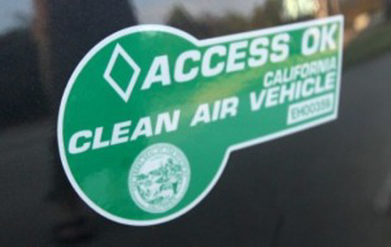 cleanairsticker_green-300x190