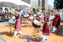 '화랑' 한인청소년들, LA필 100년 축제서 난타 공연