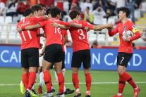 [아시안컵] '역시 손흥민!' PK 끌어내고 어시스트까지…한국, 중국 2-0 꺾고 조1위 16강