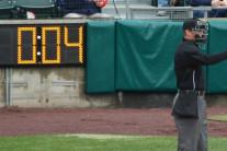 """""""경기시간 줄이자"""" MLB, 시범경기에 '20초 투구 시계' 도입"""