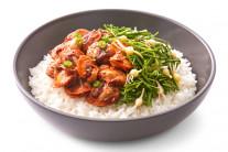 서산 달래 비빔밥, 제주 흑돼지 피자…지역 특산물에 홀린 외식업계