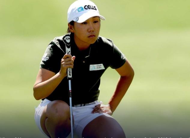 김인경이 LPGA ANA인스퍼레이션 2라운드에서 퍼팅라인을 읽고 있다.