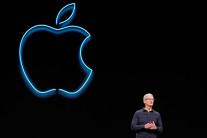 """팀 쿡 CEO """"애플, 중국정부 타깃된 적 없다"""""""