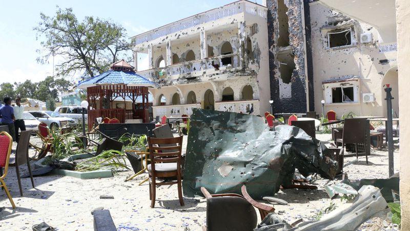 폭탄테러가 일어난 소말리아 카스미유 소재 아사세이호텔(Asasey Hotel). [AP=헤럴드경제]