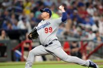 류현진, 아시안 최초 MLB평균자책 타이틀…시즌 14승 마무리