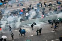 """교실 밖으로…홍콩 학생들도 """"반(反)중국"""" 외쳤다"""