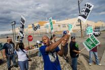 GM 노조, 12년 만에 파업…미국 생산 중단