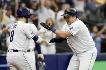 최지만, PS 첫 안타 홈런으로 장식…탬파베이 ALDS 첫승