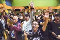 홍콩 구의원 선거 범민주 압승 '사상 첫 과반'