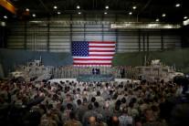 미국, 이란 견제 위해 중동에 1만4000명 추가 파병 검토…군함 등 전력증강도 고려