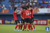 [올림픽 축구예선] '2연승' 한국, 이란 꺾고 8강 진출 확정… 일본 중국 예선탈락