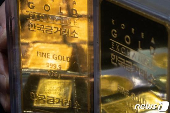 열흘째 급등한 금값...6년여 만 최고치