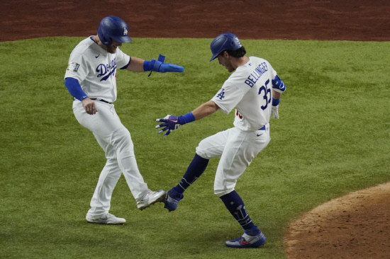 Cody Bellinger celebrates his two-run home run
