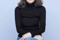 윤여정, 오스카 '바로미터' 미국 배우조합상 여우조연상 수상…한국인 최초